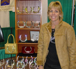 Bling Horseshoes recycles old horseshoes to create art