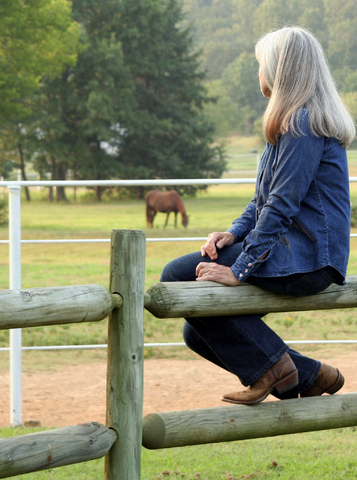Dr. Edgette discusses ways to ease fear and anxiety between riders and horses