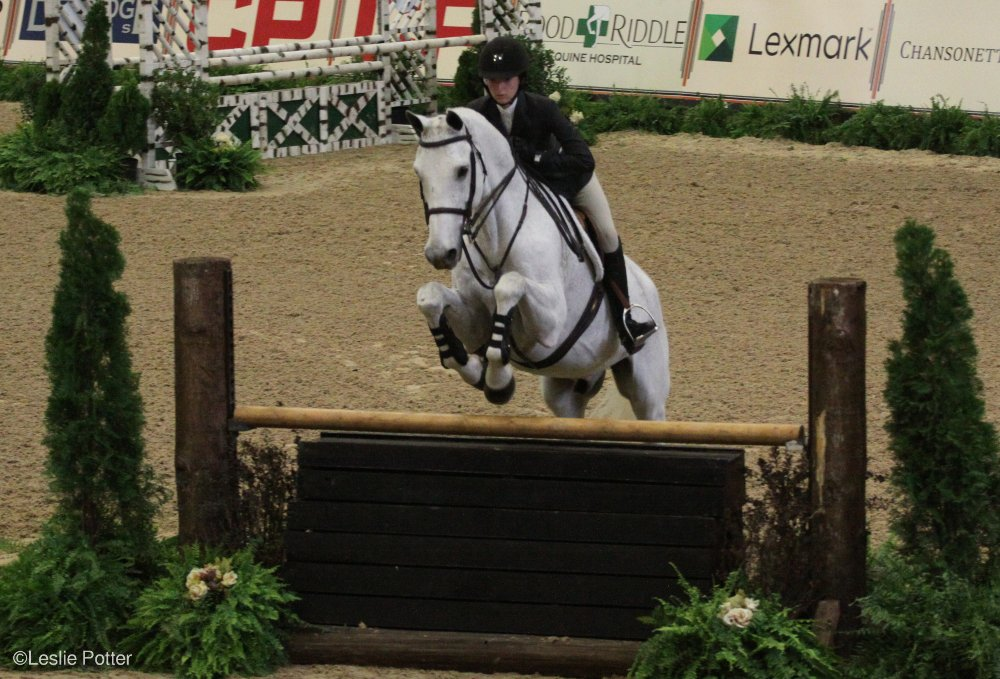 Lucy Deslauriers and Class Action at the 2016 Maclay Finals