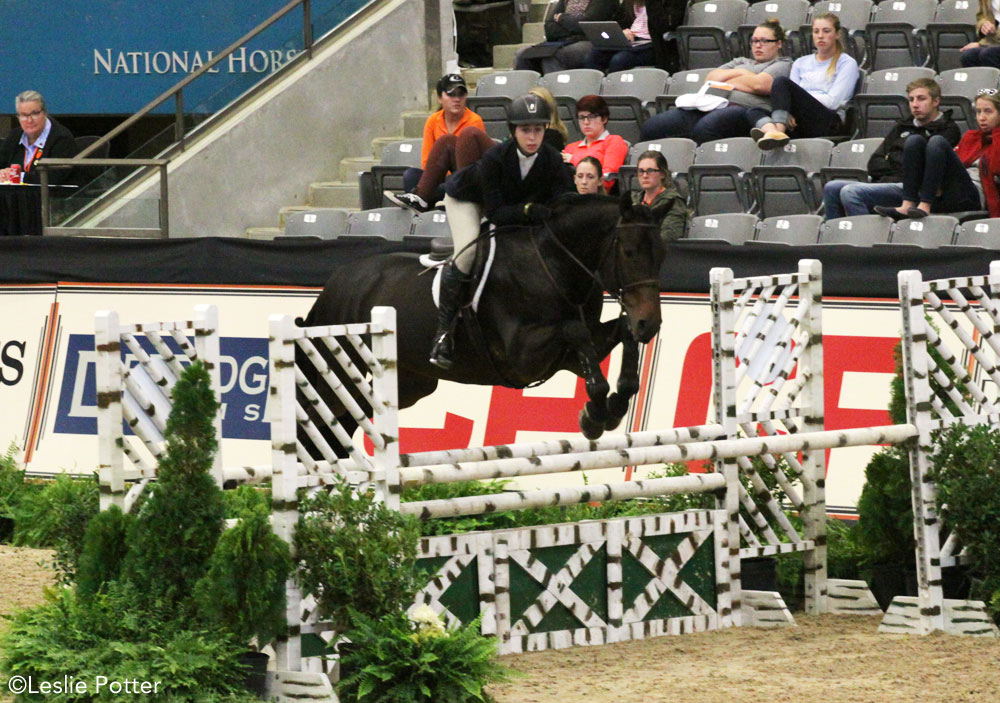 Madison Goetzmann and Contelido at the 2016 Maclay Finals