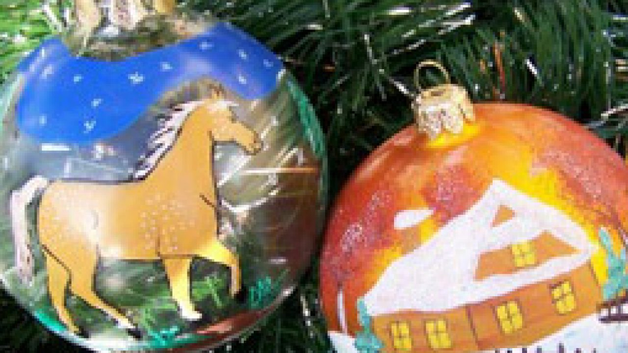 Holiday Horse Fun Horse Illustrated