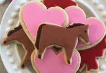 DIY Valentine's heart and horse cookies