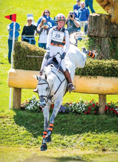 Lauren Kieffer and the Holsteiner gelding Paramount Importance