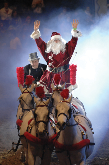 Santa's horse-drawn sleigh for Christmas