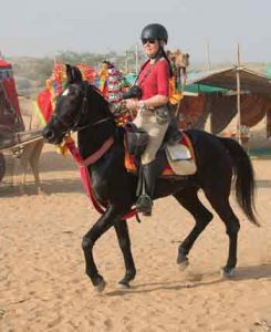 Pushkar Fair in India - Choosing a Riding Vacation