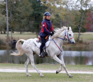 Cheryl Van Deusen and Hoover the Mover at the USEF Endurance National Championships